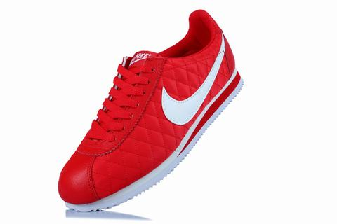 nike cortez rouge bordeaux meilleures chaussures nike zumba. Black Bedroom Furniture Sets. Home Design Ideas